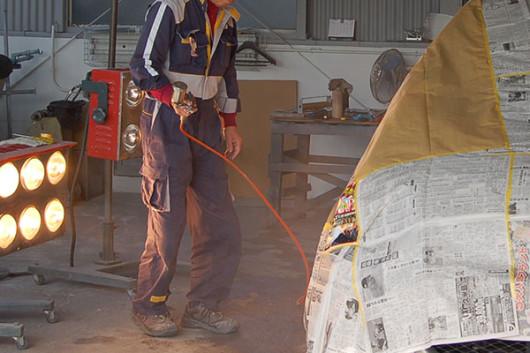 板金塗装工場